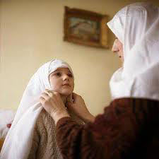 بررسی اشتغال زنان از دیدگاه اسلام و روانشناسان غربی