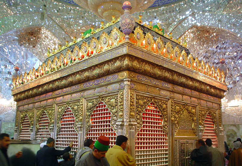 http://gallery.sibtayn.com/images/shahrha/karbala/abbas/zarih_abbas/pic3/pic5.jpg